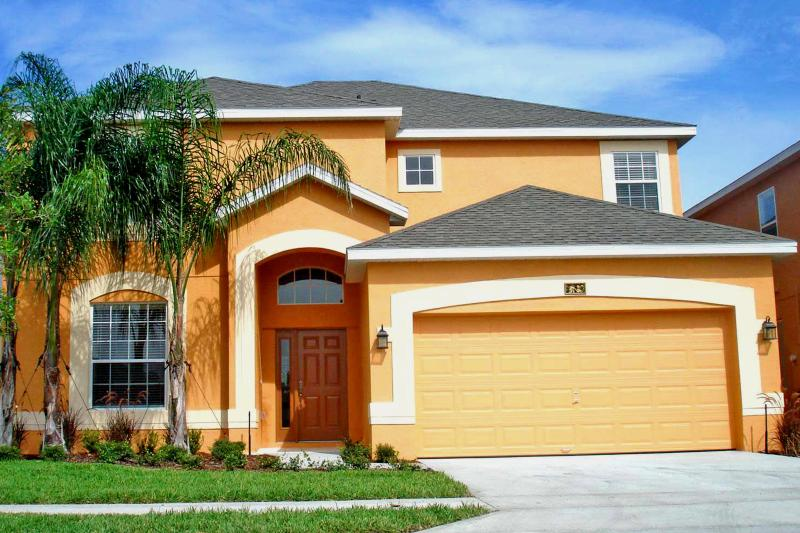 Beautiful Florida Villa - Fabulous Luxury 5 Bed, 4.5 Bath Florida Villa with Glorious 30' Heated Pool/Spa close to Disney - Davenport - rentals