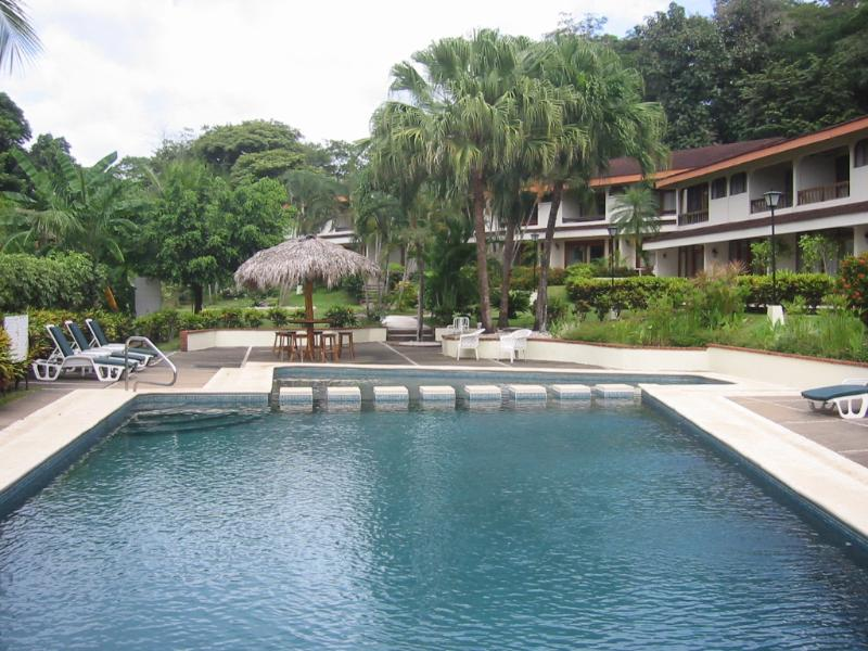 Pool Area - Villas Flamingo #5 Costa Rica Condo for Rent - Playa Flamingo - rentals