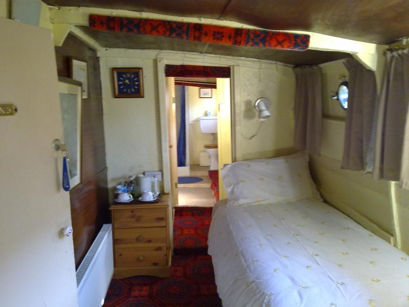 Exceptionally different guest house - Image 1 - Isle of Wight - rentals