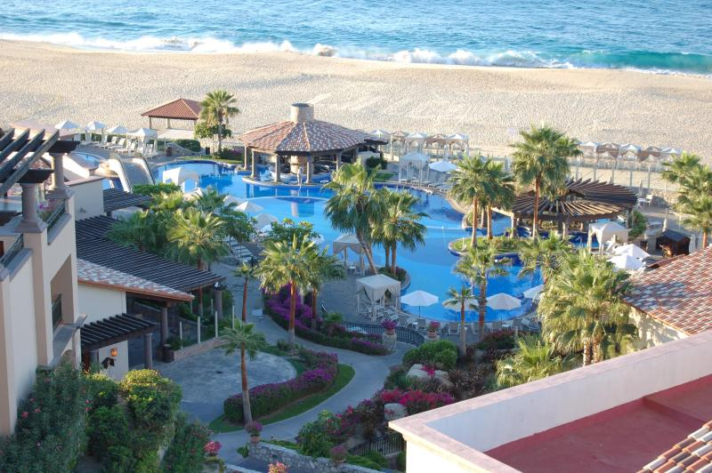 Main Pool - Beachfront , Cabo, Sunset Beach, Arrive 12-21-15 - Cabo San Lucas - rentals