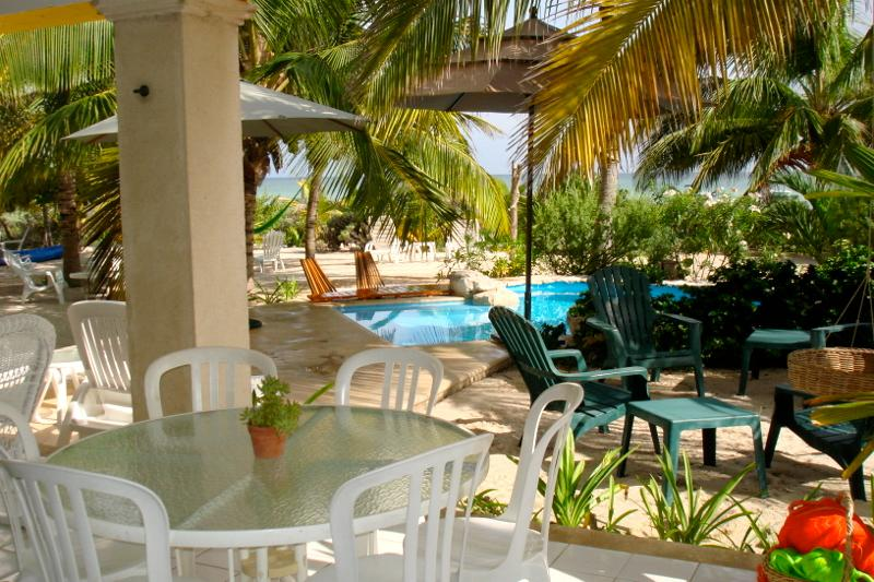 Casa uaymitun by the sea w/pool - Image 1 - Chicxulub - rentals