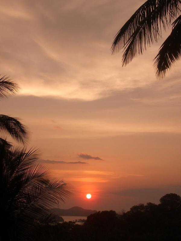 our sunsets - Bayside apartments Puerto Galera Philippines - Puerto Galera - rentals
