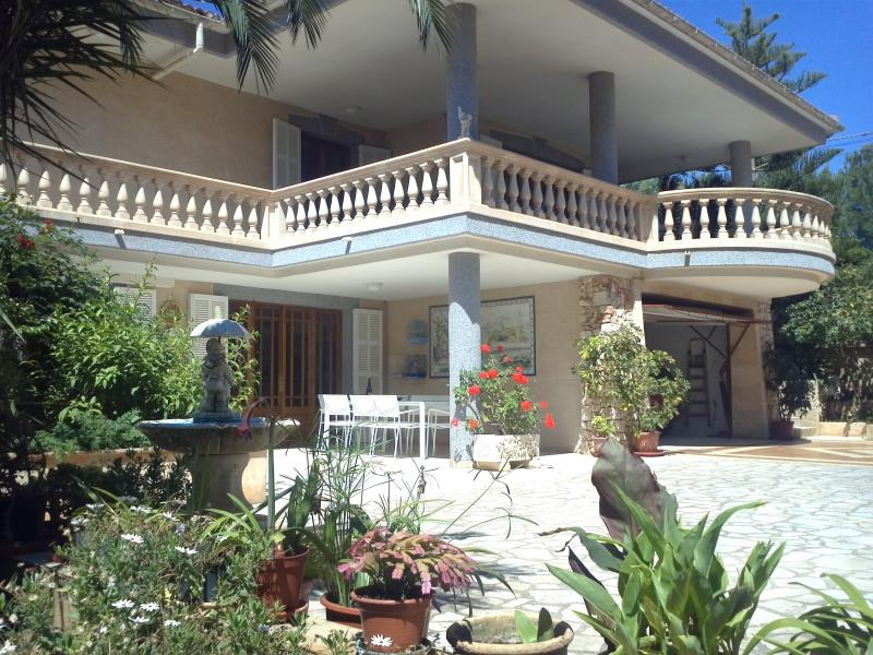 SELENE House, 10 minutes from the beach, with pool and garden. - Image 1 - Porto Cristo - rentals