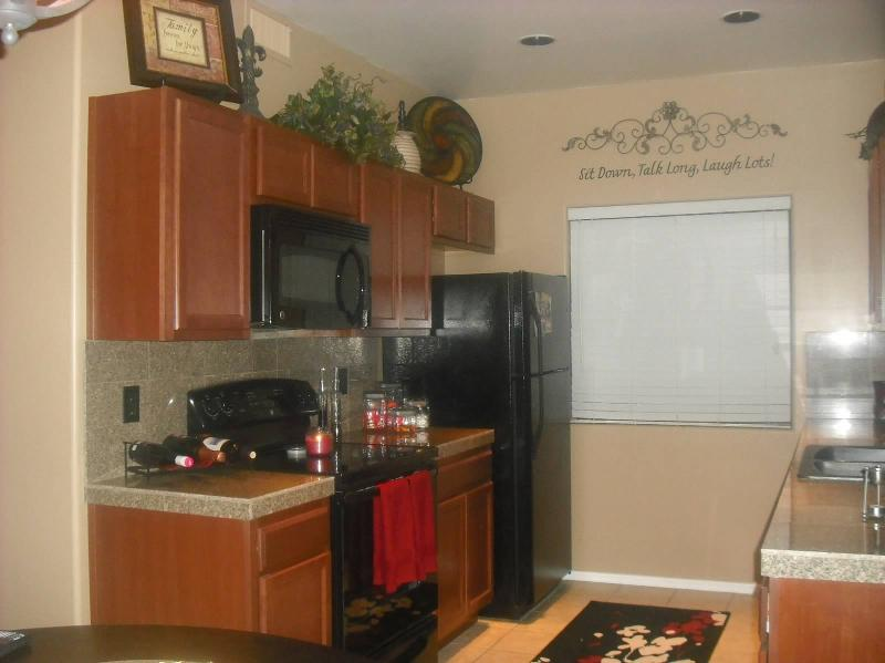 Kitchen - Beautiful fully furnished 2B/2B bottom level, Fountain View Condo - Fountain Hills - rentals