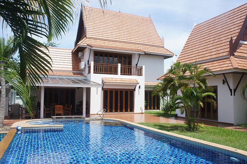 villa with private pool - Top luxury villa with 4 bedrooms for rent Rayong - Rayong - rentals