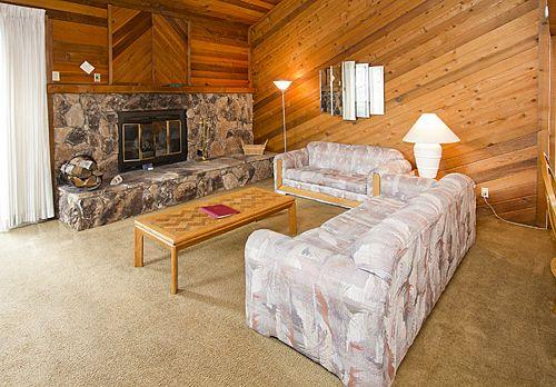 Mammoth Sierra Townhomes #10 - Image 1 - Mammoth Lakes - rentals