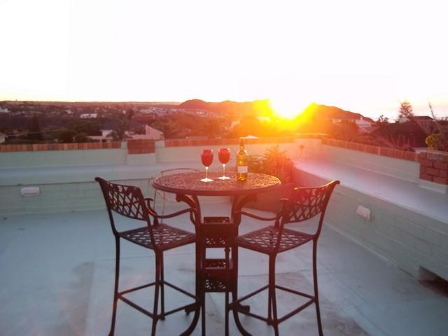 Main House -  watch the sunrise from the rooftop - HAREWOOD LODGE GUEST HOUSE - East London - rentals