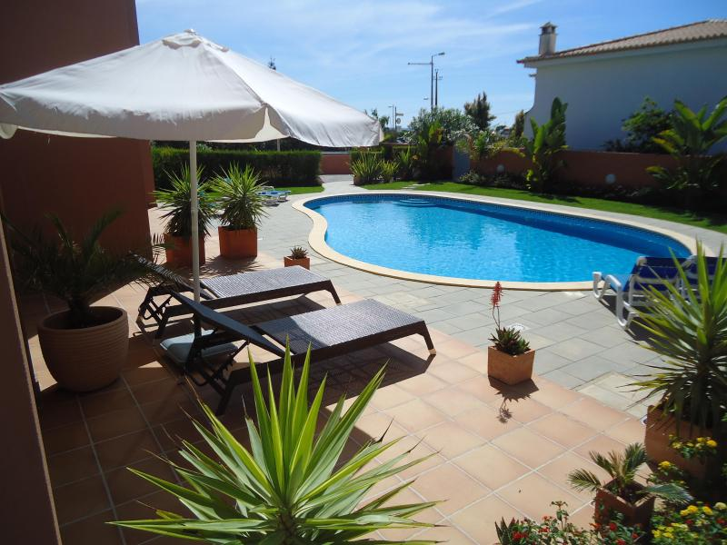 Large Sunny Terrace With Direct Access To The Pool Area - Lagos (Meia Praia) Apartment,  200m from Beach - Lagos - rentals