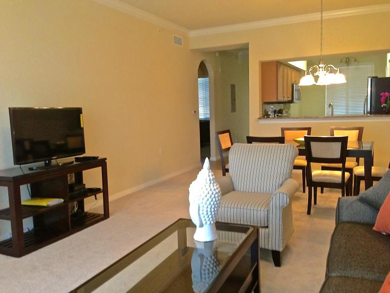 Living Room - New River Strand Resort Living Condo 2bd / 2bth with Golf and Club Shares Included - Bradenton - rentals