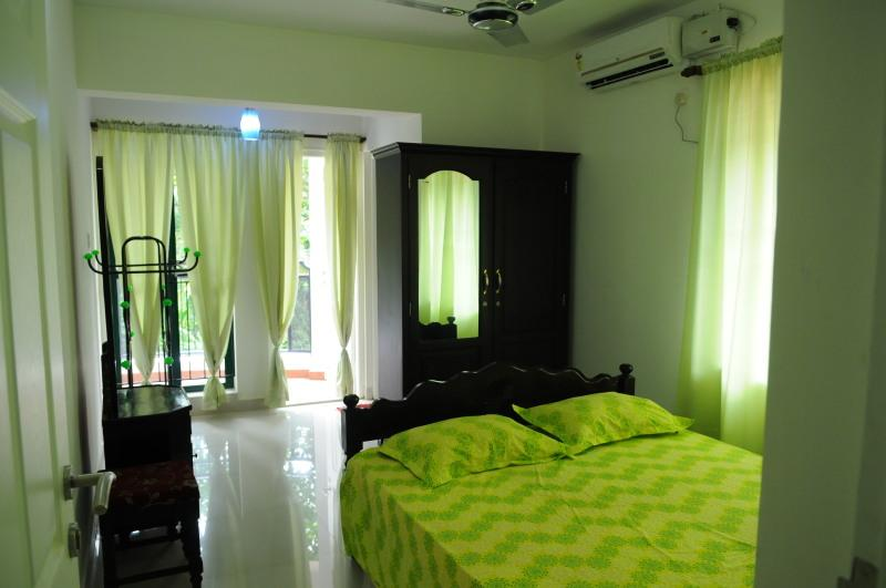 Master bed room air condition in kottayam service apartments - Kerala service apartments in kottayam - Kottayam - rentals
