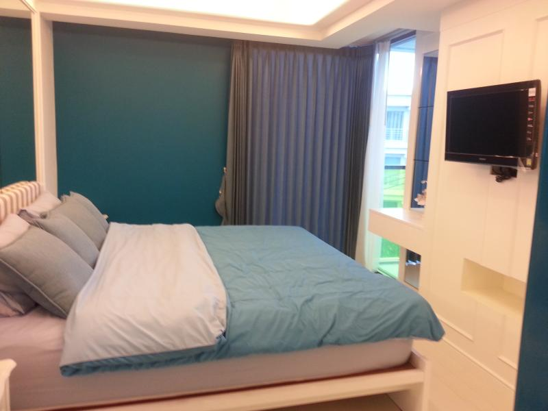 1 bedroom condominium with fully furnished in HuaHin - Image 1 - Hua Hin - rentals