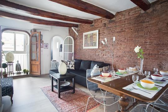 Charming & very cosy Atico excellent location - Image 1 - Barcelona - rentals