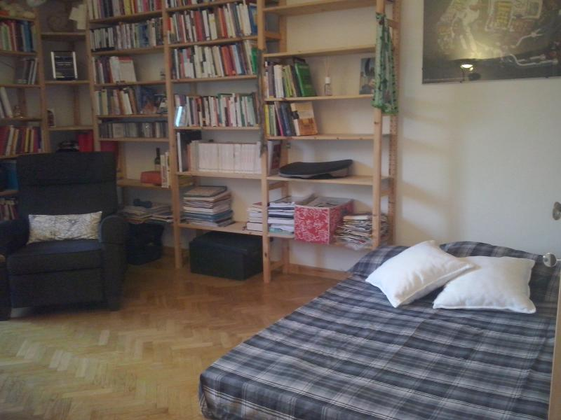 Brigth Poccino in Old Tasso Square - Image 1 - Florence - rentals