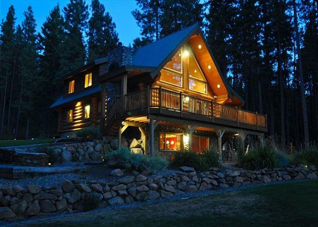 Tall Pines at Dusk! - Book 2 Get 1 Night FREE! Picturesque Log Cabin on 5 Private Acres!  5BR|3BA! - Cle Elum - rentals