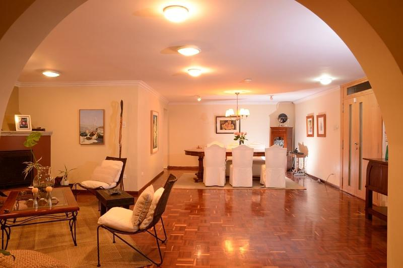 Family and dog-friendly spacious apartment with a big backyard - Image 1 - Quito - rentals