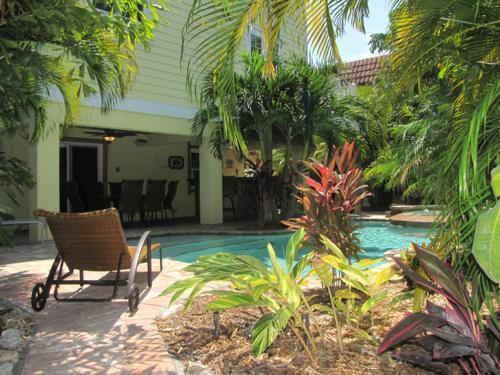 Pool 1 - ABSOLUTE PARADISE - Bradenton Beach - rentals
