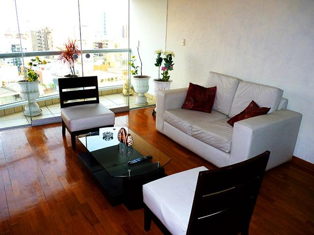 Apartment Malecon Balta in front of the Terrazas Club ( tennis club ) Ocean View, five blocks from Parque del Amor. - Image 1 - Lima - rentals