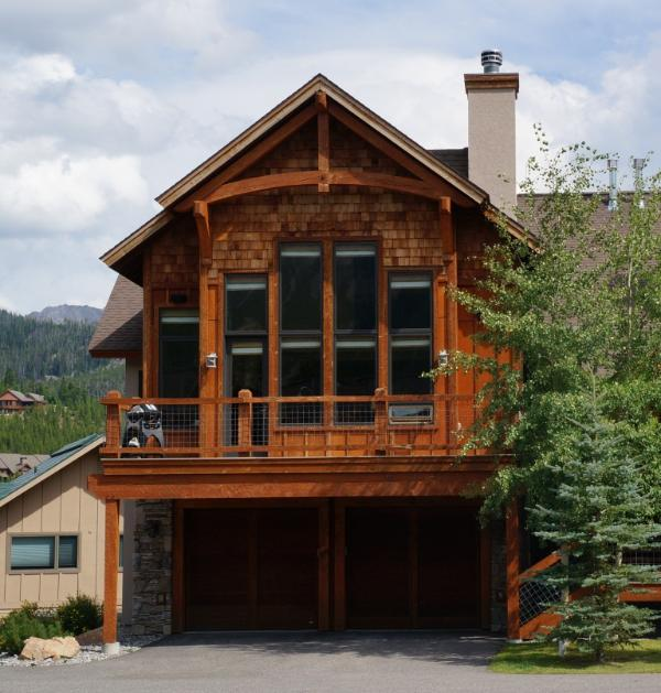 Quiet and private end unit - Ski-in, Ski-Out, Private Hot Tub! Lone Peak View! Black Eagle #2 - Big Sky - rentals