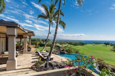 Ocean & fairway view High Bluffs is a serene haven with pool, golf & beach access - Image 1 - Mauna Lani - rentals