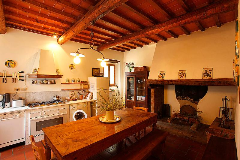 Cosy apartment in the Chianti area, with pool - Image 1 - San Casciano in Val di Pesa - rentals