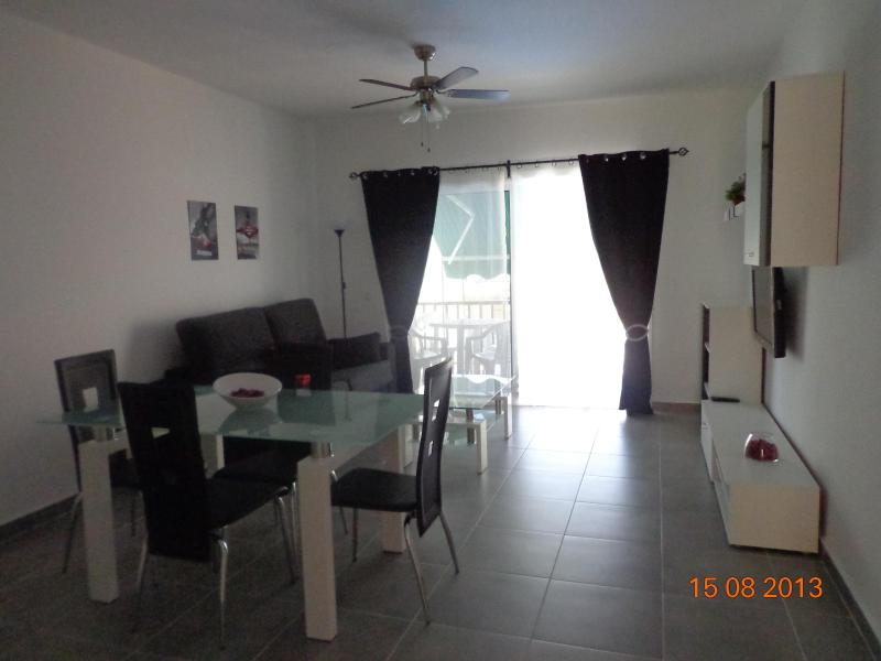 Dining - living room - Modern 1 Bedroom Apartment - Spain - rentals