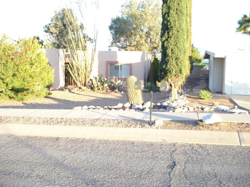 FRONT OF THE HOUSE - Stress Free living - Green Valley - rentals