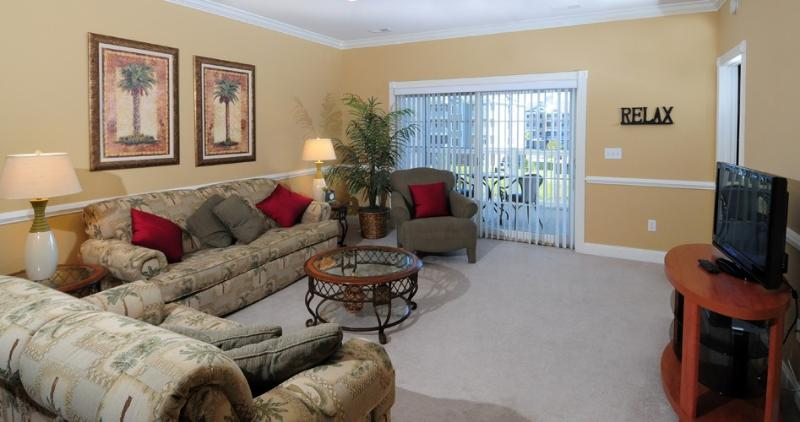 Comfortable Living Area - Lovely 3BR Myrtlewood Condo Near Beach, Great Golf - Myrtle Beach - rentals