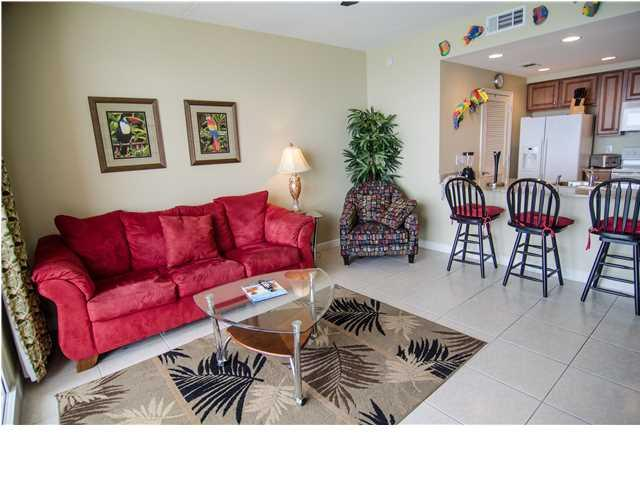 Living Room - Fabulous Splash Resort with Endless Fun - Panama City Beach - rentals
