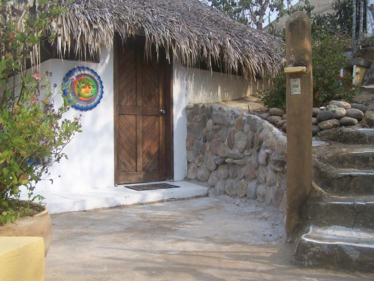 Palapa Mar entrance and stairs to upper gate. - Pacific Beach Palapa - Mazunte - rentals