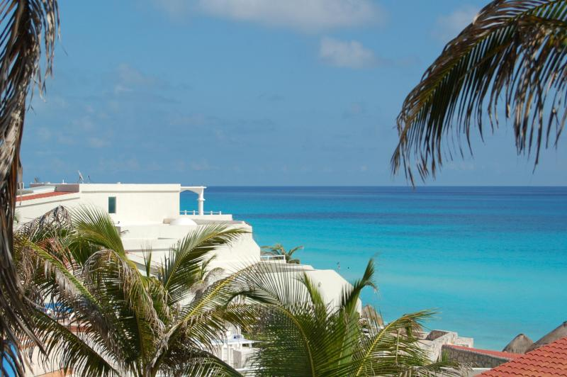 View from this condo  - Fully remodeled Oceanfront Studio -- Hotel Zone --cheap rates - Cancun - rentals