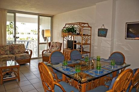 Living Room Dining Room - Great View - #10 Harbour Heights 7MB - Seven Mile Beach - rentals