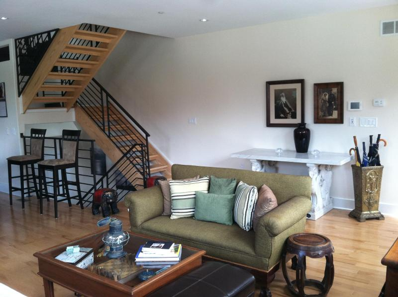 B&B townhouse in the heart of the city - Image 1 - Philadelphia - rentals