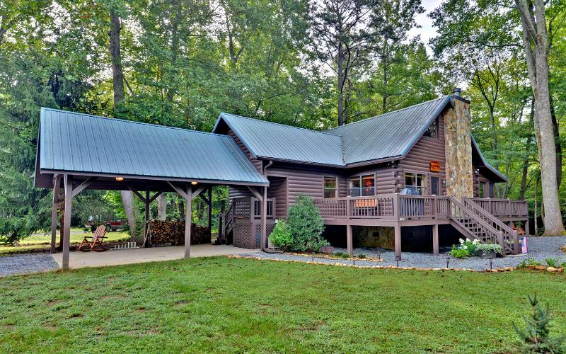 Trout Run Cabin, Blue Ridge, Georgia - Gorgeous Creek Front Cabin w/ pond in Nat. Forest - Blue Ridge - rentals