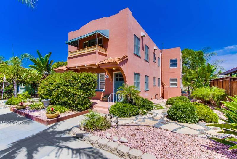 Chic 2 Bed, Sleeps 6-8, Near Park, Zoo, Beaches! - Image 1 - San Diego - rentals
