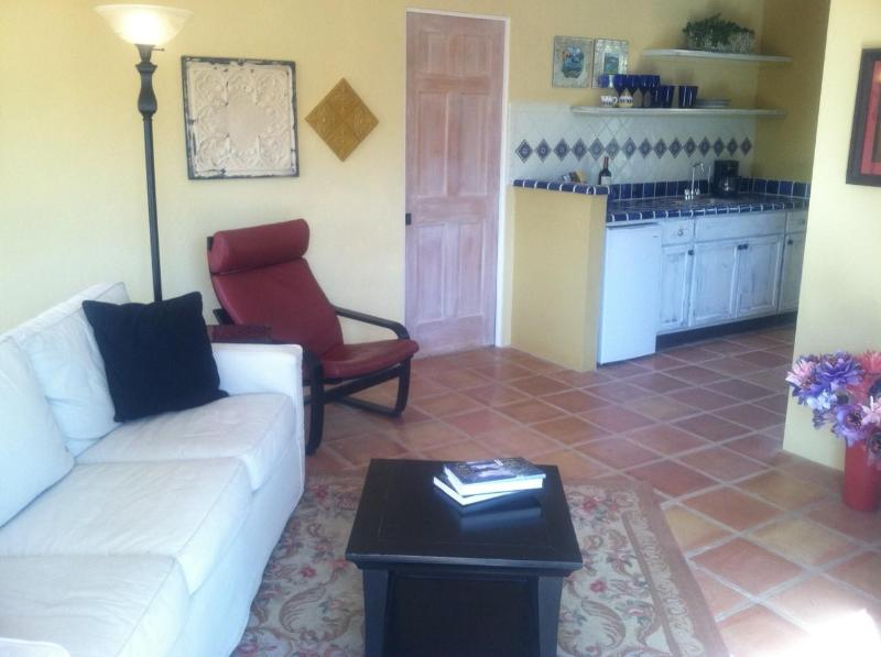 Inviting Living Space - Charming Guesthouse/Casita! - Tucson - rentals