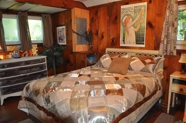`Bedroom - Tilton cabin near Laconia on Lake Winnisquam - Tilton - rentals