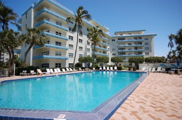 View of Sunset House from pool - Marco Island Sunset House 1BD/1Bath on The Beach - Marco Island - rentals