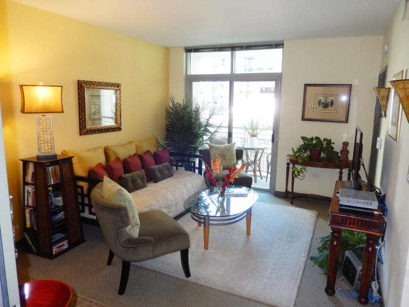 Ez, Cozy Urban Village Lifestyle Condo  - San Diego - 3 Blocks to Bay! - Little Italy - San Diego - rentals