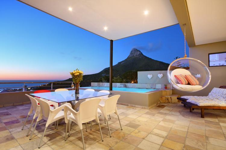 Medburn Views Penthouse - Image 1 - Camps Bay - rentals