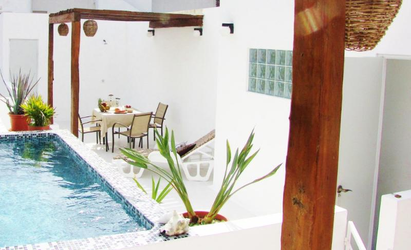 Terrace with relaxing pool and pergola - CASA NAAJ 2, Charming Apartment (2-3 people) - Playa del Carmen - rentals
