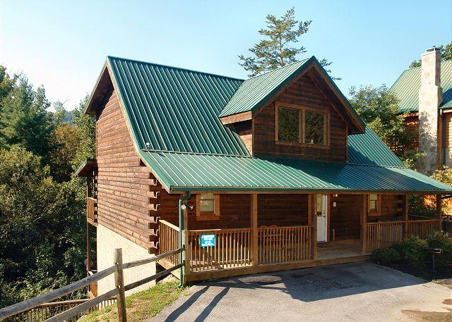 Exterior of A Mountain Palace #561 - Beautiful 5 Bedroom Log Cabin Rental Close to the Pigeon Forge Parkway - Pigeon Forge - rentals