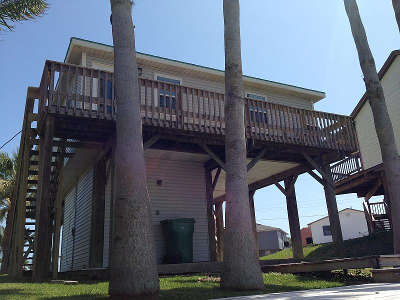 The north deck facing the canal - Surfside Beach, TX, Dolphin Lane Canal/Beach House - Surfside Beach - rentals