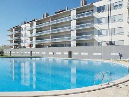 0070 - Modern Sea View apartment with Pool and walking distance to the Beach, Sleep 6 - Sao Martinho do Porto - Image 1 - Sao Martinho do Porto - rentals
