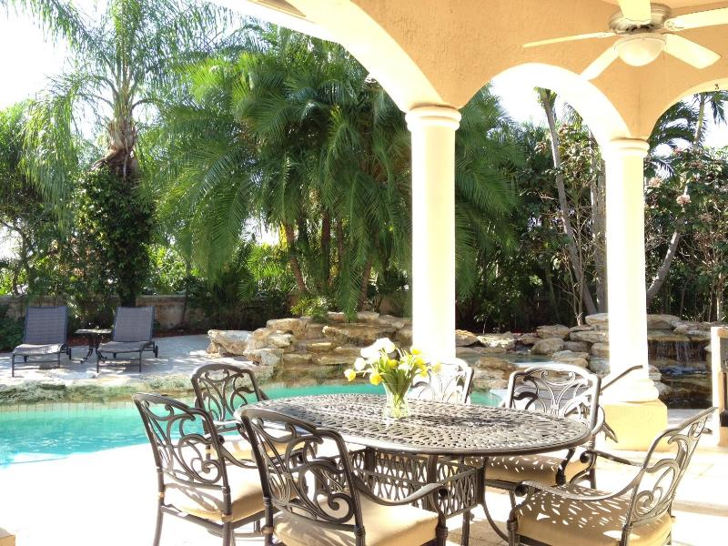Fully Equipped Luxury Pool Home - Image 1 - Coral Springs - rentals