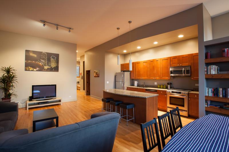 Kitchen and Living Room - Modern 3BR + Amenities + Parking - Chicago - rentals