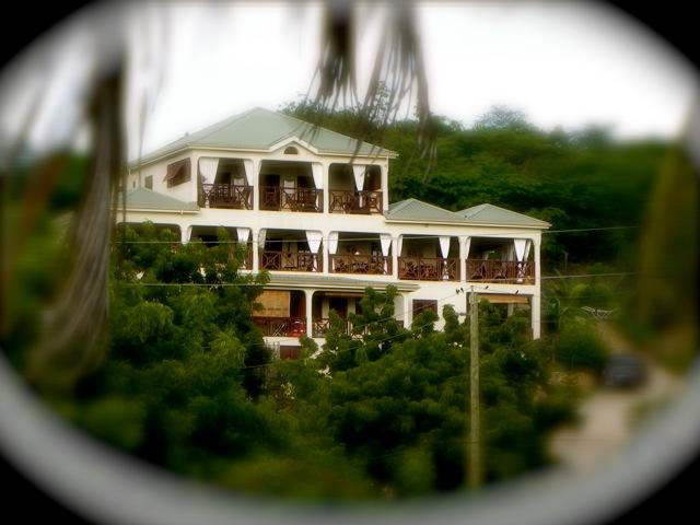 Welcome to Villa Touloulou...paradise regained. - Villa Touloulou - Red Passion Room - English Harbour - rentals