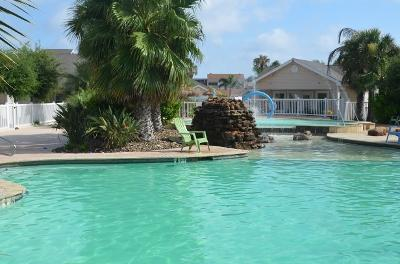 Swimming Pool - 604 - Beautiful Updated 1 Bed 1 Bath Condo - Corpus Christi - rentals