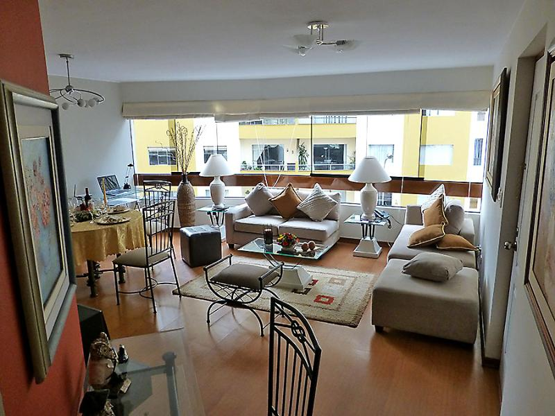 Living room you see when coming out from bedrooms area  - Top Class Apartment in Miraflores (Lima-Peru) - Miraflores - rentals