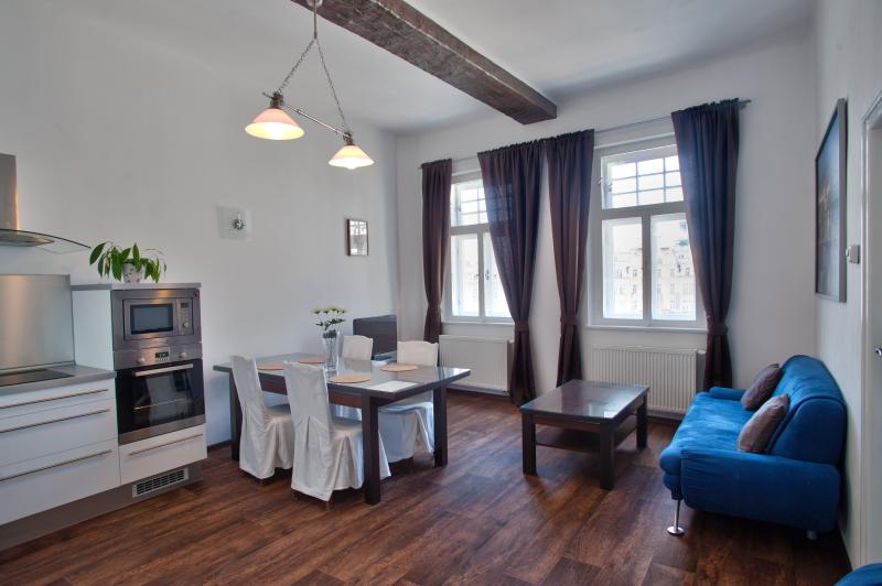 LUXURY STAY AT THE OLD TOWN SQUARE - Image 1 - Prague - rentals