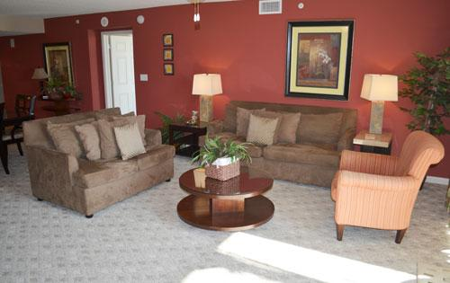 Spacious living room - Yacht Club 4BR 1-104, fantastic family condo! - North Myrtle Beach - rentals